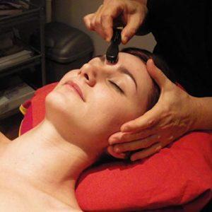 séance de réflexologie faciale détente