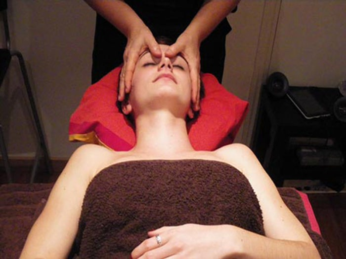 Séance visage et cuir chevelu
